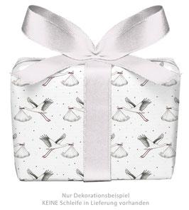 3 Bögen Geschenkpapier groß - Storch mit Baby weiß