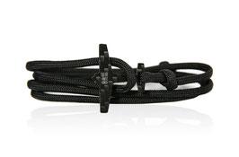 AV8R - JET BLACK