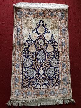 Silk on cotton Handknotted Carpet KT-SLKCTN888