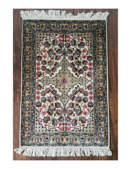 Silk on silk Carpet 60x90cm SOSC-002