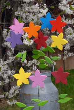 Kleine Sommerblume LILIE