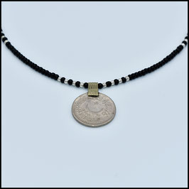 Vintage coin necklace - Black