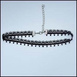 Black laced choker model 1