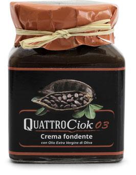 NEU im Sortiment: Dunkle Schokoladencreme mit Haselnüssen 320 g