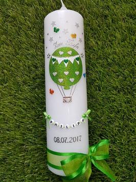 Taufkerze TK105 Schmetterlinge & Sterne Heißluftballon in Apfelgrün - Bunt Holoflitter