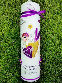 Taufkerze SK116 Schutzengel Mädchen Brombeerlila-Gelb Holoflitter mit Blüten & Buchstabenkette