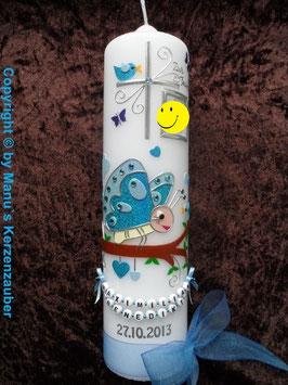 Taufkerze Schmetterling mit Buchstaben-Kette TK183 mit Foto in Türkis-Hellblau Flitter