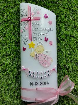 Taufkerze SK150 Schutzengel mit Schmetterlinge in Rosa-Pink Hololfitter / Buchstabenkette / Satin-Organzaschleife