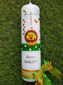 Taufkerze Löwe TK186 Orange-Grasgrün Uni mit Silberschrift