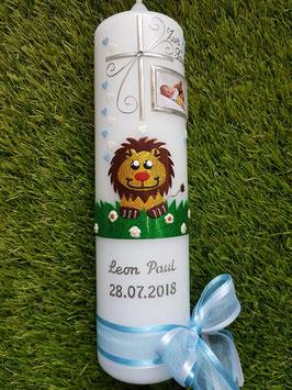 Taufkerze Löwe TK186 mit Foto in Braun-Gelb-Hellblau-Creme-Grasgrün Holoflitter mit Silberschrift