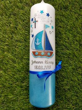 Taufkerze Boot TK314-U mit Sterne in Hellblau-Türkis-Dunkelblau Holoflitter / Silberschrift