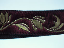 Jacquard Blumenranken bordeaux-gold, 15 mm