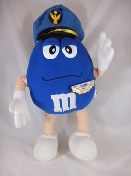 M & M - Pilot