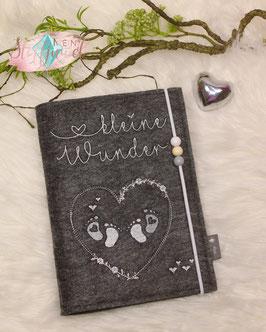 Mutterpasshülle für Zwillinge Kleine Wunder, neutrale Farben, dunkler Filz, 3 runde Perlen