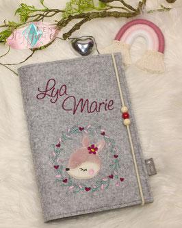 Personalisierte U-hefthülle Rehkitz rosa/brombeer Bsp.: Lya Marie