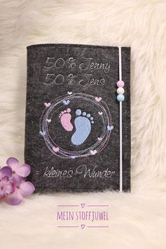Mutterpasshülle personalisiert  50 % Maminame 50 % Papiname =kleines Wunder dunkler Filz