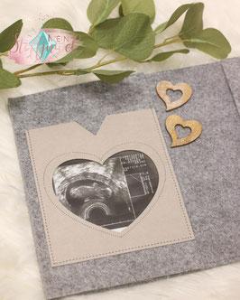 Innentasche für Ultraschallbild mit Sichtfenster Herzform