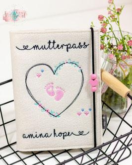 Mutterpasshülle creme uni Blütenherz mit Name der Mama oder Baby Bsp Amina