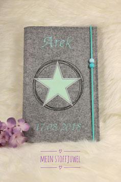 Personalisierte U-hefthülle Stern in mint mit Wunschname und Geb.datum Bsp. Arek