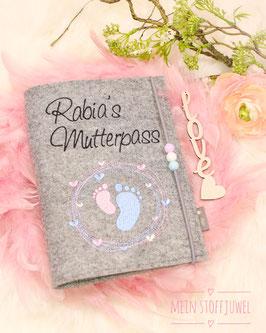 Mutterpasshülle personalisiert  Mutterpass, rosa, hellblaue Füßchen (Bsp. Rabia´s)