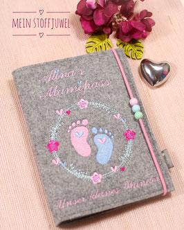 Mutterpasshülle Babyfüßchen im Blumenkreis Bsp. Alina