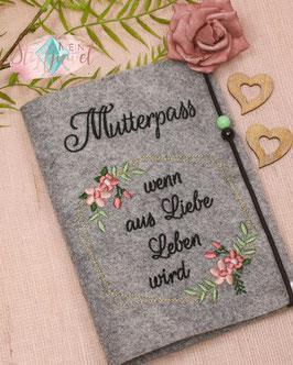"Mutterpasshülle Geometric Floralrahmen ""wenn aus Liebe Leben wird"""