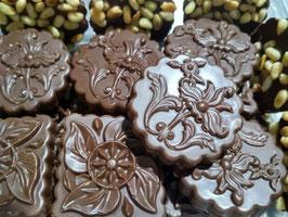 Шоколадные узоры