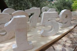 Numéros de table découpés