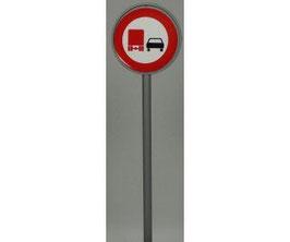 Verkehrszeichen 277 Überholverbot für Lkw