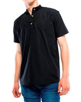 Black shirt ao Type collar