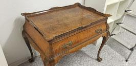 Antiker Tisch um 1880 mit großer Schublade