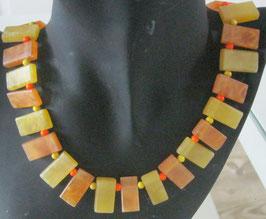 Gelb-orange Kette
