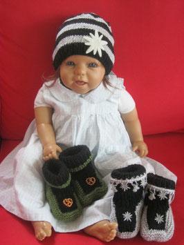 Trachten-Schuhe und Trachtenmütze für Babys