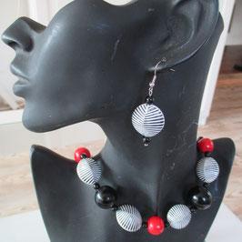 Zebramuschel-Kette mit Ohrringen