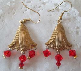 Vintage-Glockenblumen-Ohrringe rot