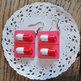 Pillen-Ohrringe