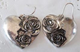 Herz-Ohrrinmge mit Rosen