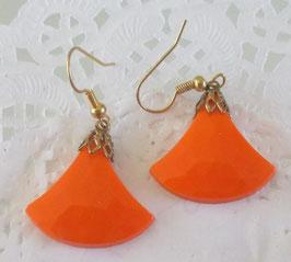 Orange Ohrringe fächerförmig