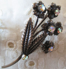 Blumenstrauß-Brosche