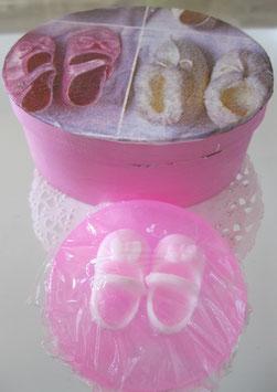 Rosa Babyschuh-Seife in Spanschachtel