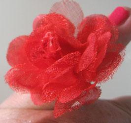 Roter Tüllblüten-Ring