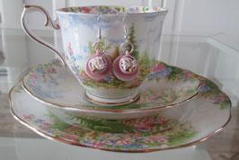 Rosa Tassen-Ohrringe