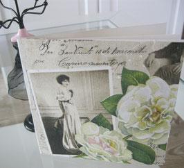 Karte Dame mit weißen Rosen quadratisch