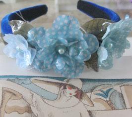 Blauer Blumen-Haarreif