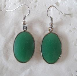 Ovale grüne Ohrringe