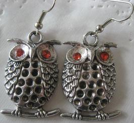Eulen-Ohrringe mit roten Augen