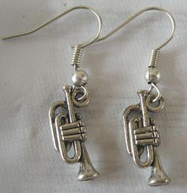Trompeten-Ohrringe