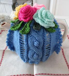 Teekannenwärmer mit Blüten