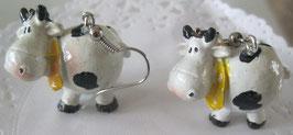 Kuh-Ohrringe mit gelbem Halstuch