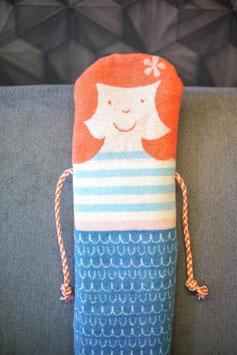 """Decke in Puppe """"Meerjungfrau"""""""
